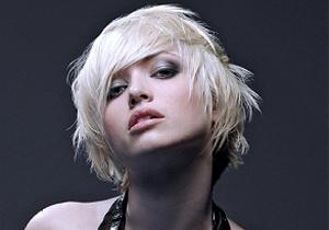Стильные причёски 2012 года